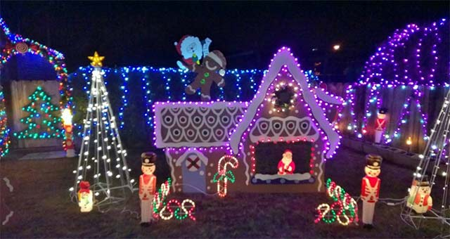 Christmas Tree Lane Turlock.Where To See Christmas Lights In Modesto C A Reding Company